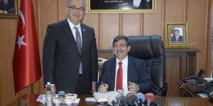 Bakan Güllüce'den Başkan Kutlu'ya Ziyaret