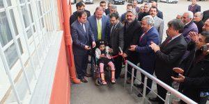 Kahta Gazeteciler Cemiyeti, 3 Aralık Engelliler Günü'de Engelliler İçin Rampa Yaptı