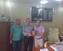 Kahta İlçe Eğitim Müdürlüğü, Abdulgani Tekin'e Plaket Verdi