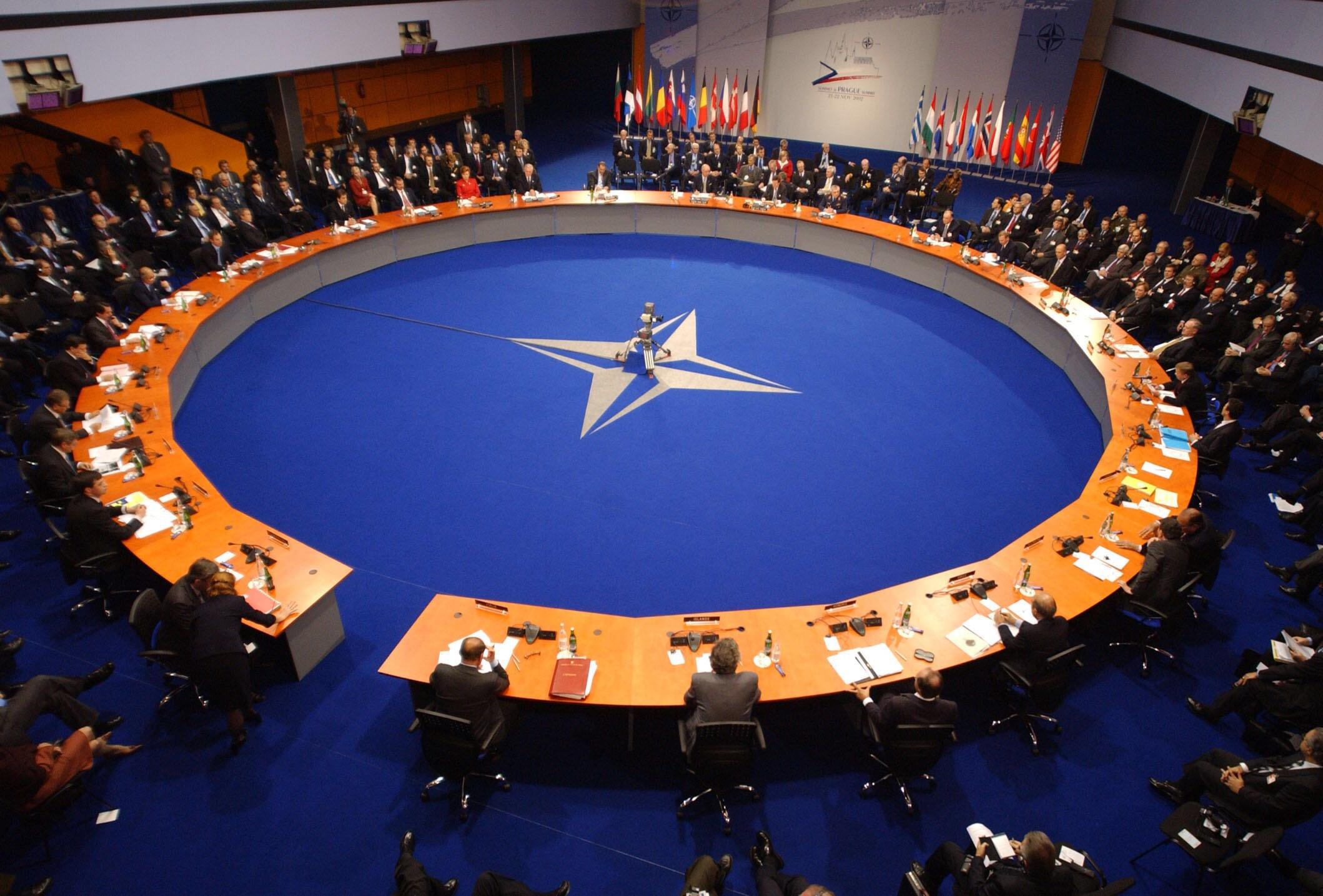 NATO TÜRKİYE'Yİ KORUMAYA HAZIRIZ