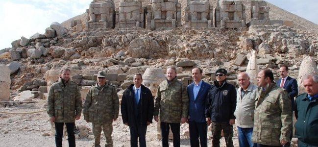 İzzetbegoviç, Kahta'da Nemrut Dağını Gezdi