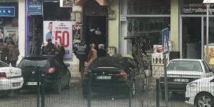 Kahta'da Narkotik Ekipleri Cafe ve Kahvehanelerde Uyuşturucu Aradı.