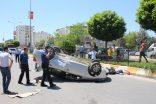 Otomobil İle Hafif Ticari Araç Çarpıştı: 2 Polis,1 Asker Yaralandı