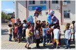 Kahta'dan Suriye'ye Balonla Kitap Gönderdiler