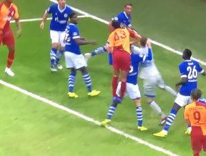 Galatasaray Schalke 04 Maçında Sessizlik 0-0