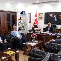 Kahta Gazeteciler Cemiyeti, Adıyaman Milli Eğitim Müdürü Alagöz'ü Ziyaret Etti.