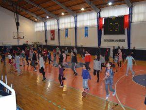 Kahta'da 'Soğuk Zamanlarda Sıcak Salonlarımızda Spora' Projesi