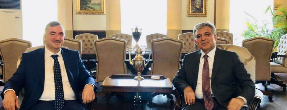 Kahta Belediye Başkanı Turanlı, 11. Cumhurbaşkanı Abdullah Gül'le bir araya geldi
