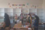 Hayırsever doktorlardan köy okuluna kütüphane desteği
