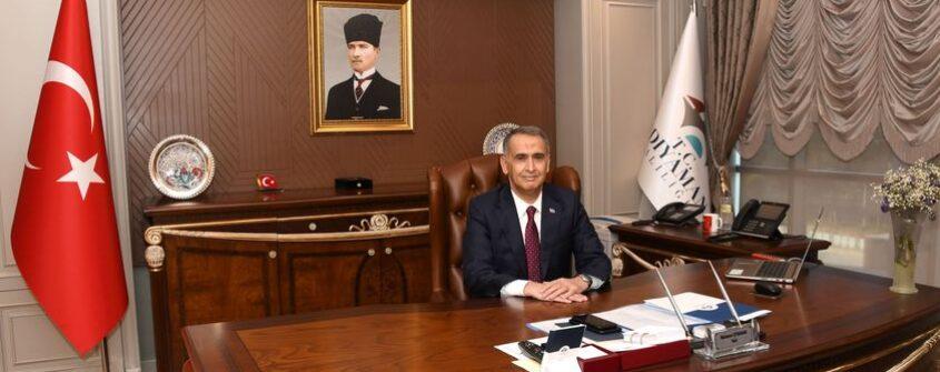 Adıyaman Valisi Çuhadar'dan , '10 Aralık Dünya İnsan Hakları Günü ' Mesajı