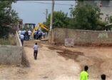Kahta Belediyesi, Bir Vatandaşın İşgal Ettiği Okul Caddesini Açtı