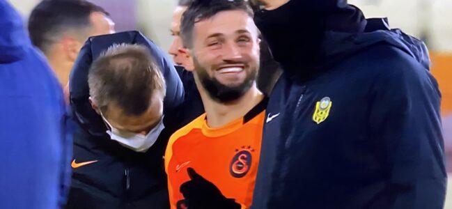 Galatasaray kupanın peşini bırakmadı