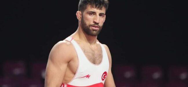 Milli Güreşçi Murat Fırat, Bronz Madalya Aldı.